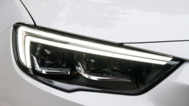 Vauxhall Insignia Country Tourer - headlight