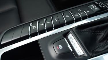 Porsche Macan -buttons