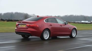 Jaguar XF 2017 - rear tracking