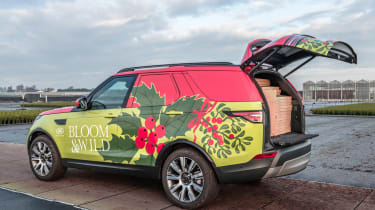 Land Rover Discovery Commercial tailgate