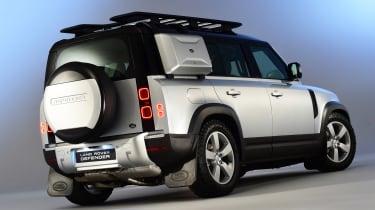 Land Rover Defender - studio rear