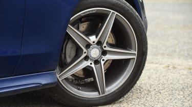 Mercedes C-Class Cabriolet - wheel