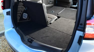 Renault Grand Scenic - boot one seat up