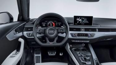 Audi RS4 2018 review - driver interior