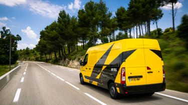 Renault Master Team behind the scenes episode 3