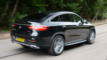 Mercedes GLE Coupe - rear tracking