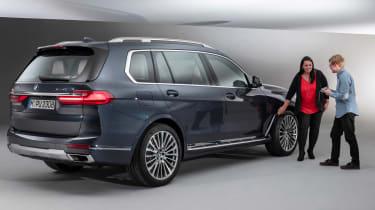 New BMW X7 studio shoot designer