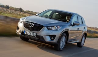 Mazda CX-5 2.2D front tracking