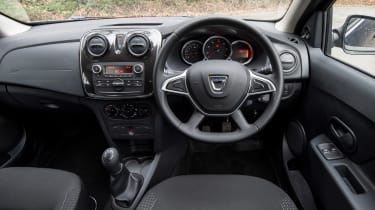 Dacia Sandero facelift - dash