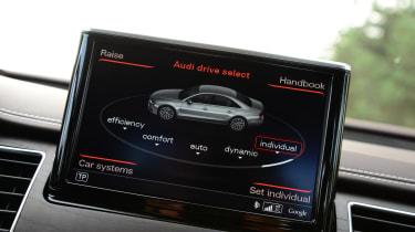 Audi A8 sat-nav