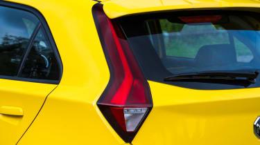 MG3 - taillight