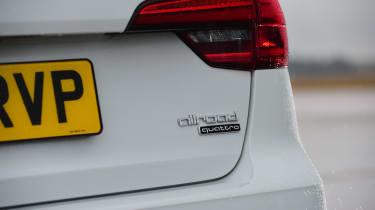 Audi A4 Allroad UK 2016 - rear light