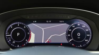 Volkswagen Passat Alltrack - sat nav screen