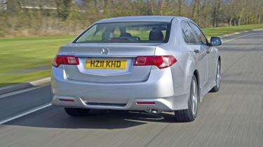 Honda Accord rear track