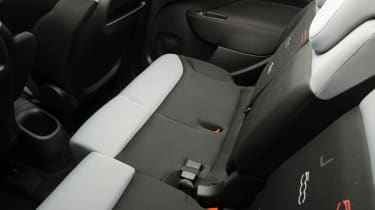 Fiat 500L sliding seat