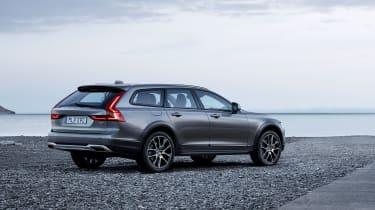 Volvo V90 Cross Country - official rear quarter 2