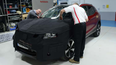 Nissan Qashqai camouflage - shaping