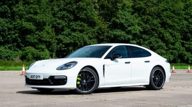 Porsche Panamera 4 E-Hybrid - front static