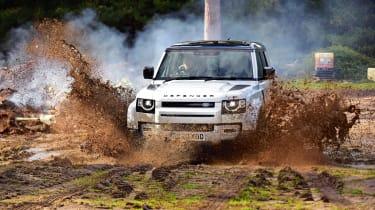Land Rover Defender off road