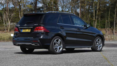 Mercedes V-Class UK drive - middle row