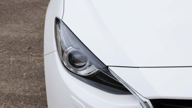Mazda 3 - lights