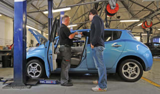 Nissan Leaf service