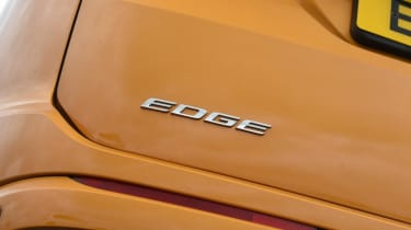 Ford Edge - Edge badge