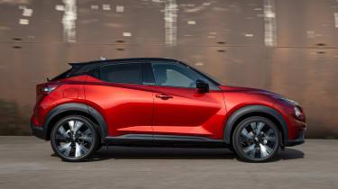 Nissan Juke - side