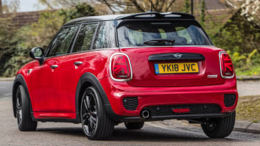 MINI Cooper 5 door 2018 rear