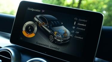 Mercedes C 350e plug-in hybrid - centre screen