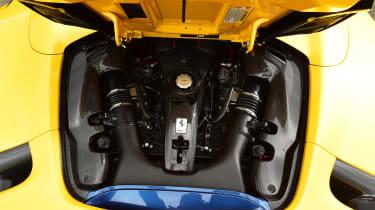 Ferrari 488 Pista Spider - engine bay