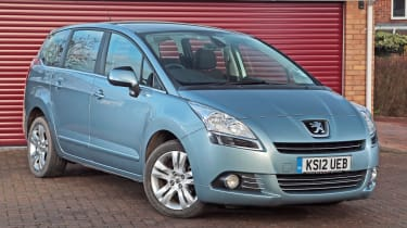 Used Peugeot 5008 - front