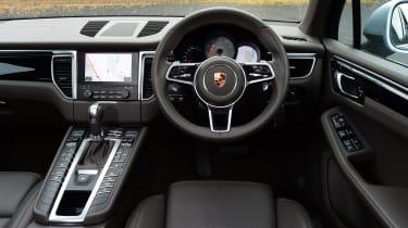 Porsche Macan S - interior