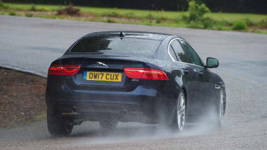 Jaguar XE 200PS - rear cornering