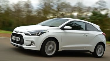 Hyundai i20 Coupe 1.0 T-GDi 2016 - front tracking 2