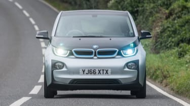 BMW i3 - full front