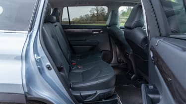 Toyota Highlander - rear seats