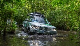 Range Rover Hybrid 3