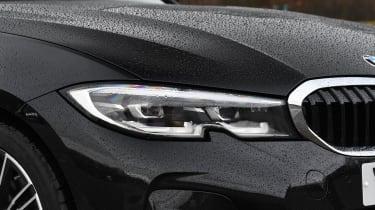 BMW 3 Series Touring - headlight