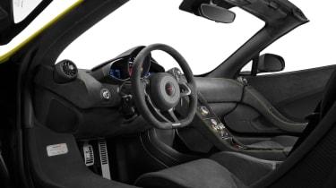 McLaren 675LT Spider 2016 - interior