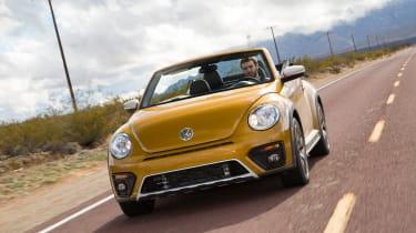 Volkswagen Beetle Dune Cabriolet - front tracking