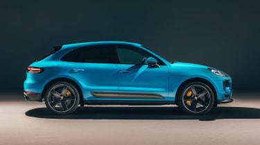 Porsche Macan - side