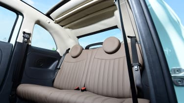 Fiat 500C 2015 rear seats