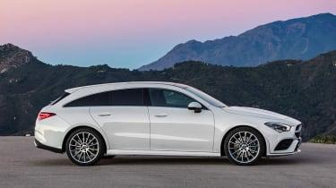 Mercedes CLA - side