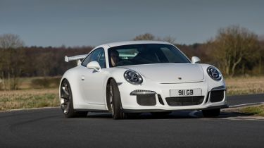 Porsche 911 GT3 action