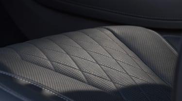 Mercedes S-Class - seat detail