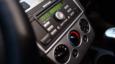 Ford Fiesta Mk5 - dashboard