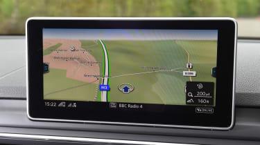 Audi A5 Cabriolet - sat-nav