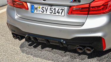 BMW M5 Competition - exhaust