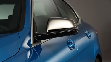 BMW 2 Series Gran Coupe - mirror studio